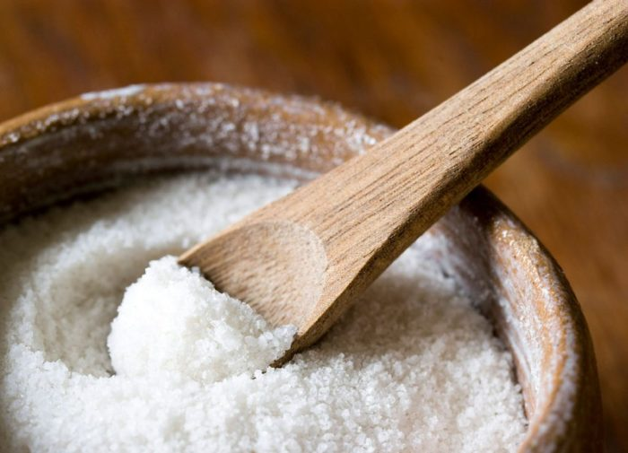 Доступный и эффективный пилинг для кожи головы. /Фото: narodnymi.com