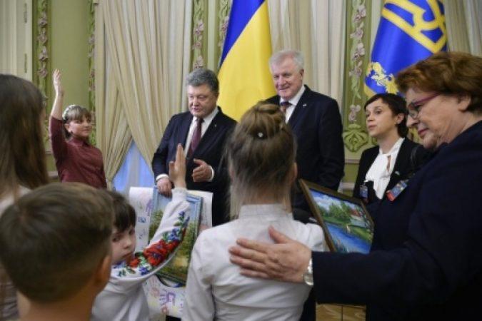 Украинцы — короли вранья, или придуманная речь баварского премьера об РФ..