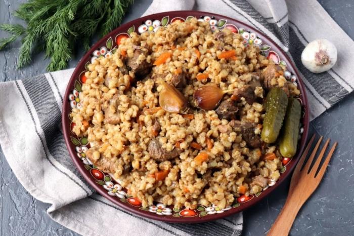 Плов из перловки.  Фото: russianfoods.com.