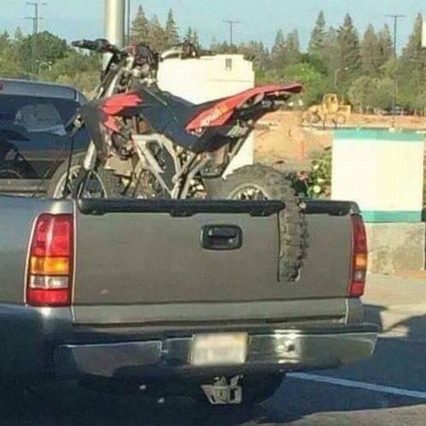 Что ни сделаешь, ради любимого мотоцикла