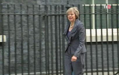"""Кэмерон провел """"прощальное"""" заседание правительства Британии"""
