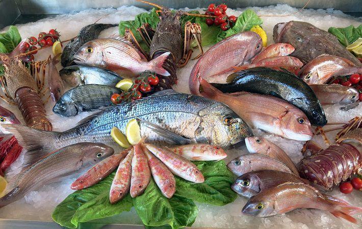Роспотребнадзор предупредил россиян о риске заражения паразитами через рыбу