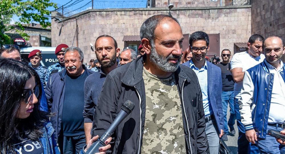 В армянском майдане уже ищут…