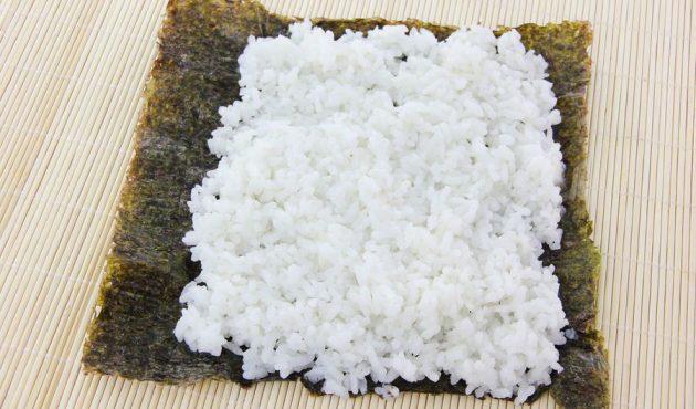 Как приготовить суши: Хосомаки и футомаки