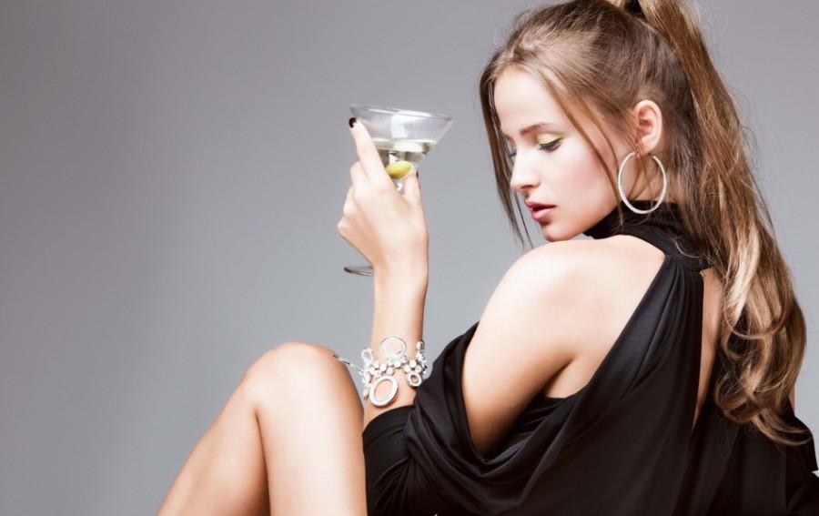 Девушка захотела шампанского. Ее не поняли