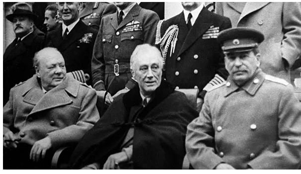 """Сталин как в воду глядел. К юбилею """"раздела Европы"""""""