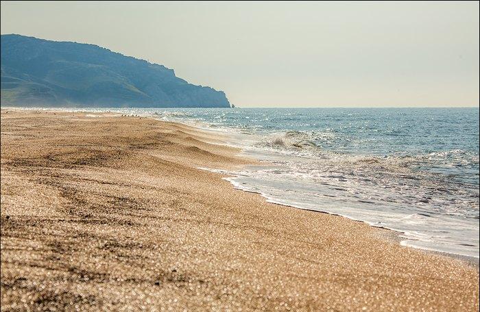 Дикий пляж в Крыму. Автор фото: Сергей Анашкевич