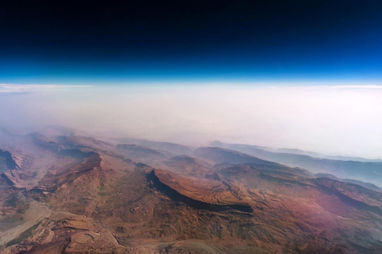 Горы Пакистана аэросъемка, кабина пилота, кабина самолета, красивые фотографии, пилот, с высоты, с высоты птичьего полета, фотограф