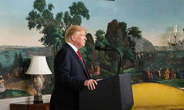 Причины введения Трампом режима ЧП в США