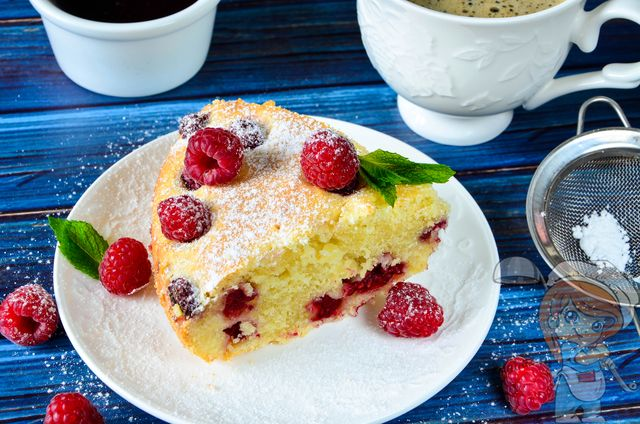 Пирог с малиной в духовке