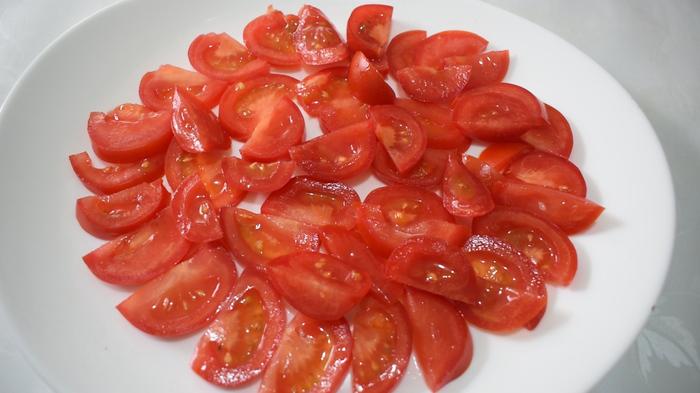 Салат из помидор и брынзы Салат, Sango Food, Видео, Видео рецепт, Длиннопост, Рецепт, Еда, Кулинария