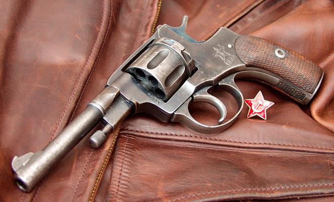 Как наган стал любимым пистолетом НКВД