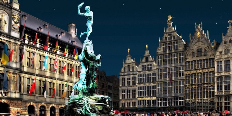 МЕСТА ДАЛЁКИЕ И БЛИЗКИЕ. Площадь Гроте-Маркт в Антверпене