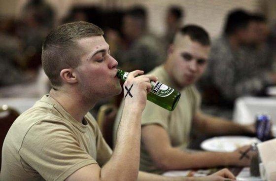 Пьяные натовцы устроили бой посреди Прибалтики