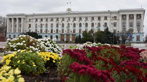 Два вице-премьера Крыма пода…