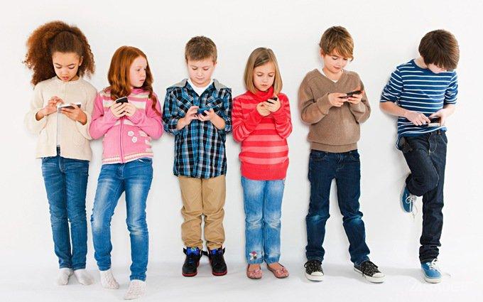 Глава Роскомнадзора призывает запретить биометрическую идентификацию детей