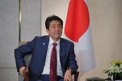 Абэ пообещал не размещать на Курилах американские военные базы