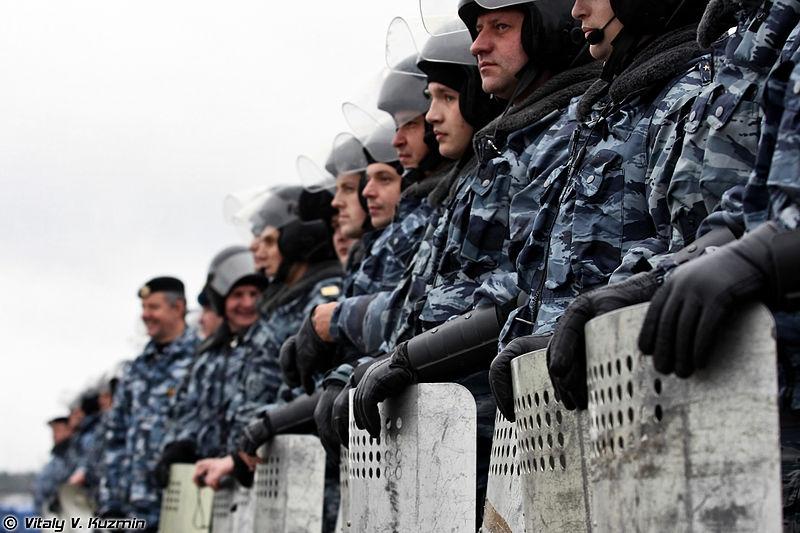 Правоохранители предостерегли от участия в несогласованных митингах 29 апреля в Москве