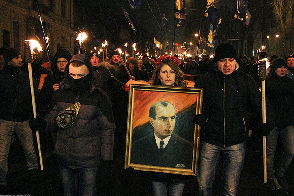 Недобитков из УПА* на Украине приравняли к ветеранам Великой Отечественной