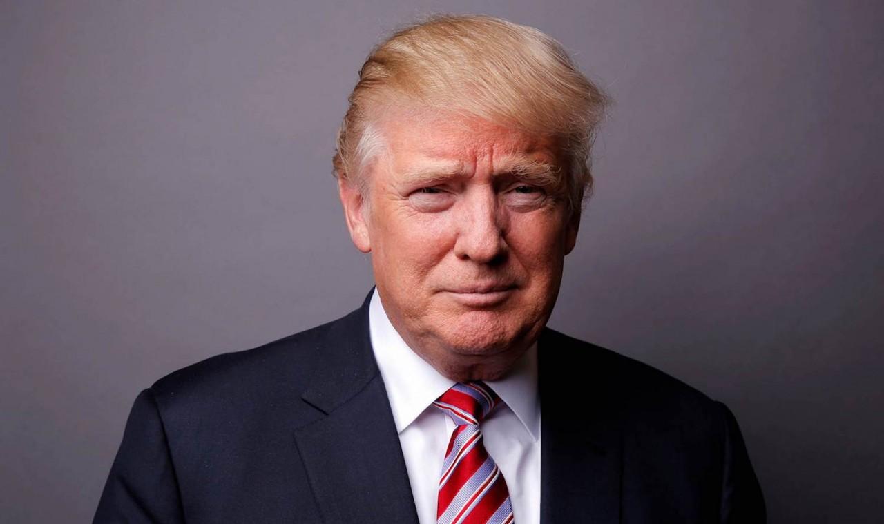 СиЭнЭн: Вот почему Трамп такой покладистый - у России есть на него компромат