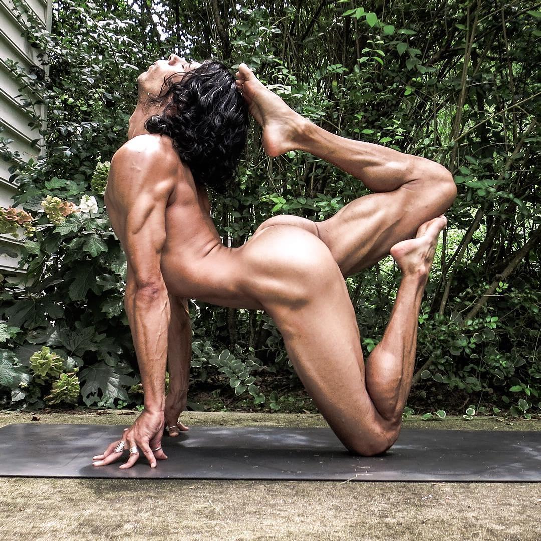 Обнаженной Йога Для Мужчин
