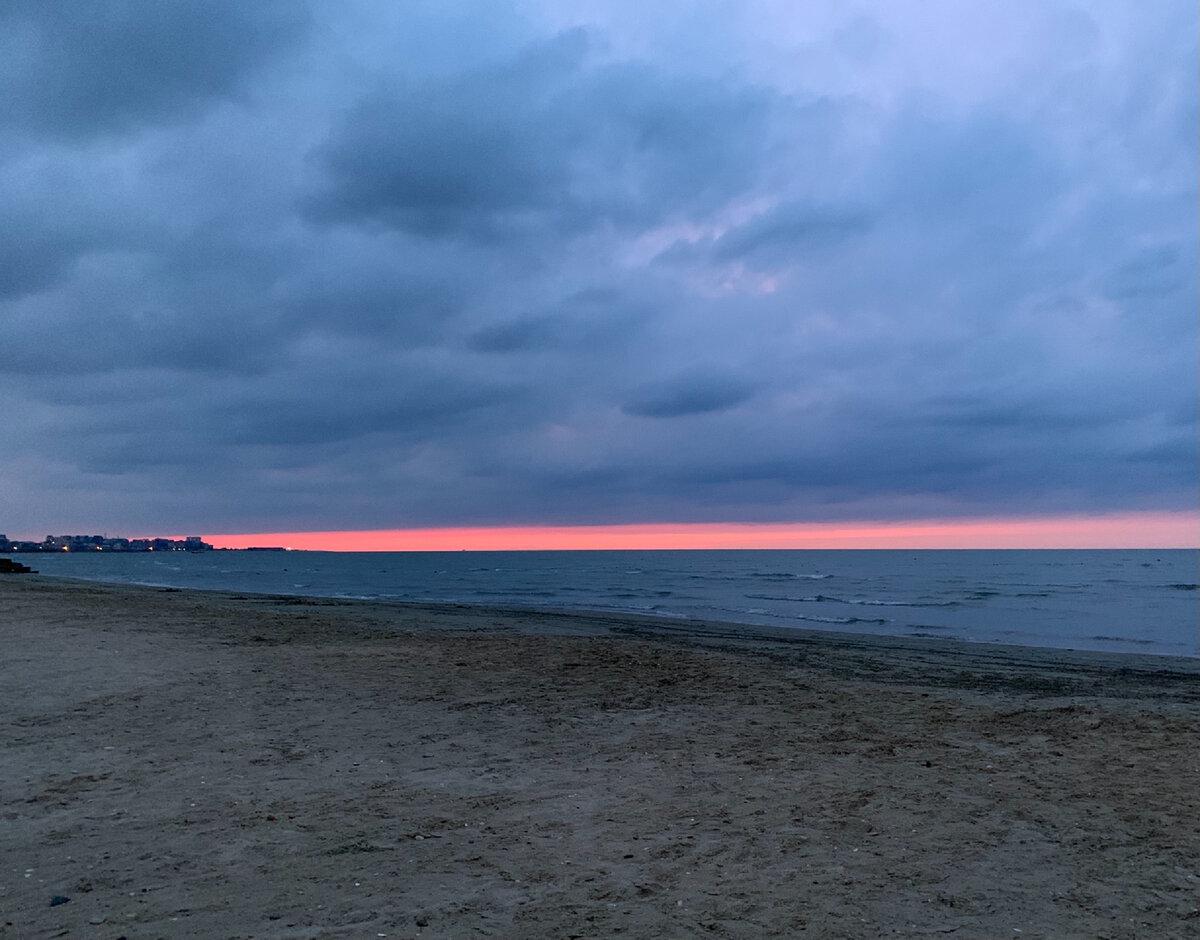 Фотокарточка Каспийского заката вам для настроения