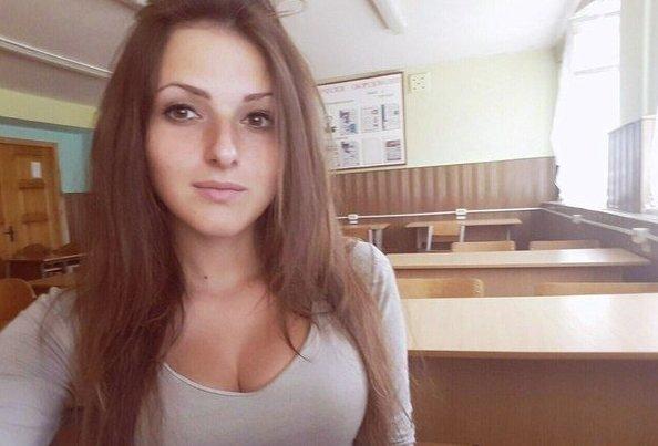 Опасные старшеклассницы, которые не выглядят на свой возраст mini, девушки, знакомства, красота, ноги, россия, улыбка, школа