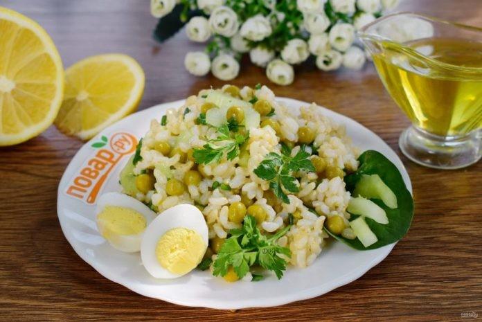 Витаминный салат с рисом «Сытный дом»