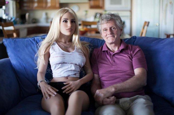 Ученые всерьез опасаются секс-роботов