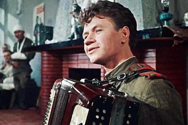 Леонид Быков в фильме «Дорогой мой человек», 1958 г.