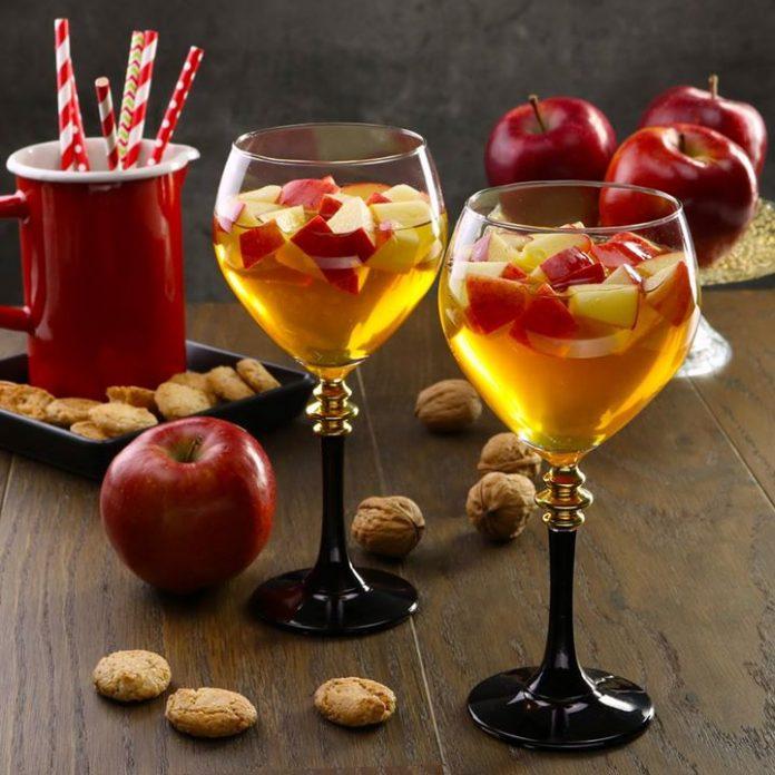 Этот великолепный напиток будет изюминкой любого праздника!