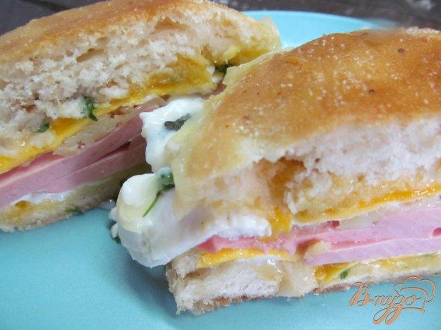 ЗАКУСОЧНЫЙ ДЕНЬ. Горячий бутерброд с яйцом и колбасой