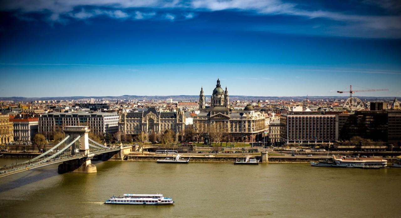 Венгрия кооперируется в борь…