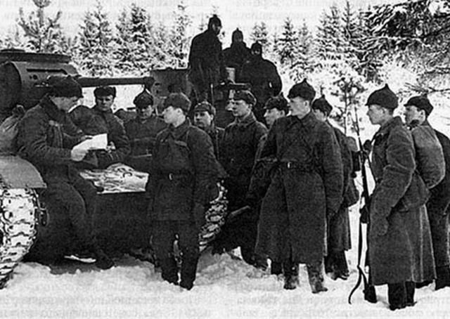 Евгений Ивановский. Генерал,…