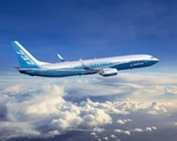 Самолет Boeing вылетел на Кубу из Домодедово, но вернулся в аэропорт
