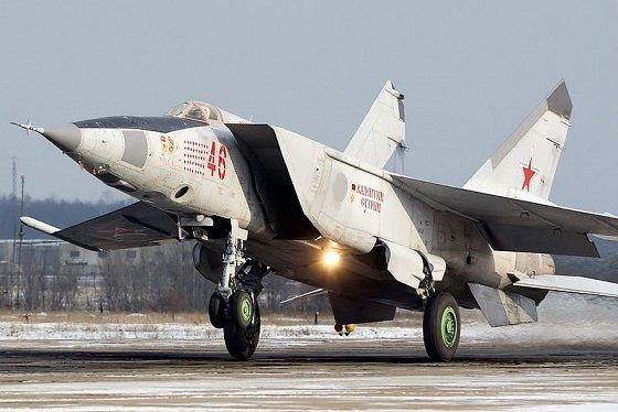 Как полет советского МиГ-25 над Тель-Авивом остановил ядерную войну