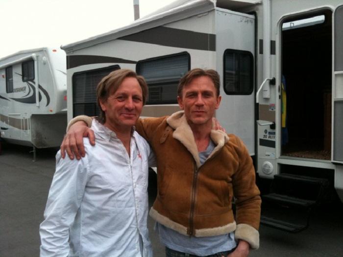Даже Джеймсу Бонду - Daniel Craig, нужен дублер.