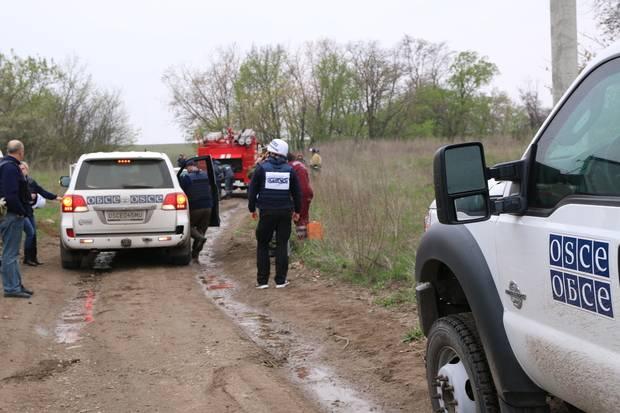 Патрули СММ ОБСЕ приостанавливают работу в ЛНР