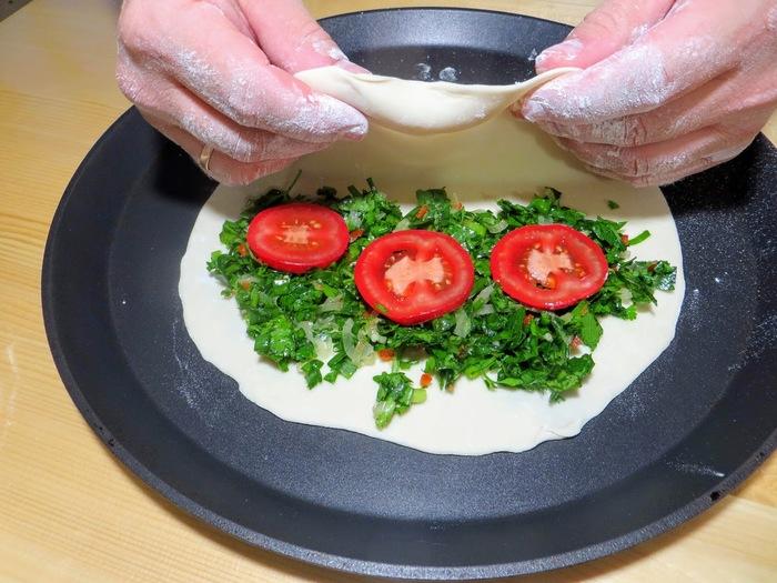 Лепешка с зеленью - сочная штучка Кулинария, Рецепт, Другая кухня, Тесто, Вкусно, Видео, Длиннопост, Лепешки