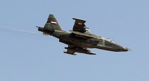 Иракские ВВС уничтожили колонну ДАИШ награнице сСирией