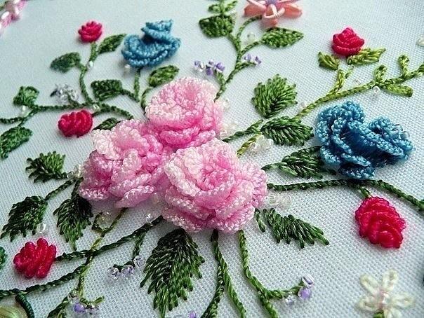 Вышивка швами рококо