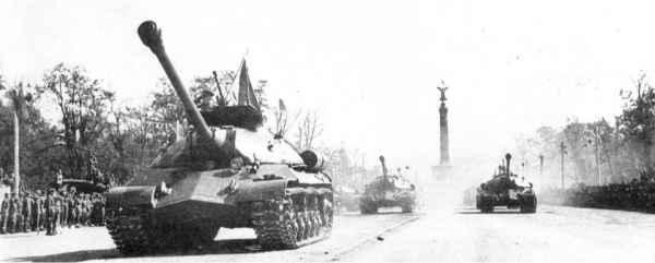 ИС-3: неприятный «сюрприз» для союзников на параде 1945 года в Берлине