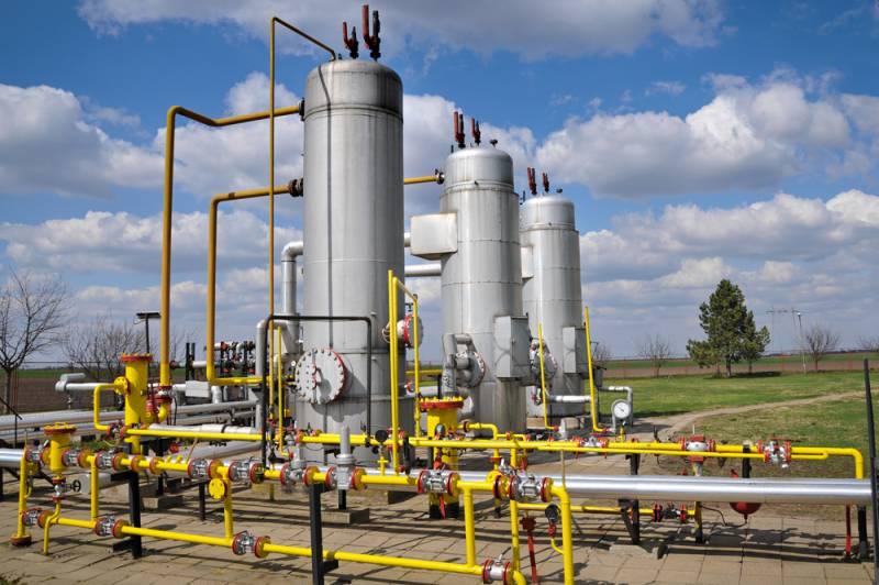 Катар давит на газ