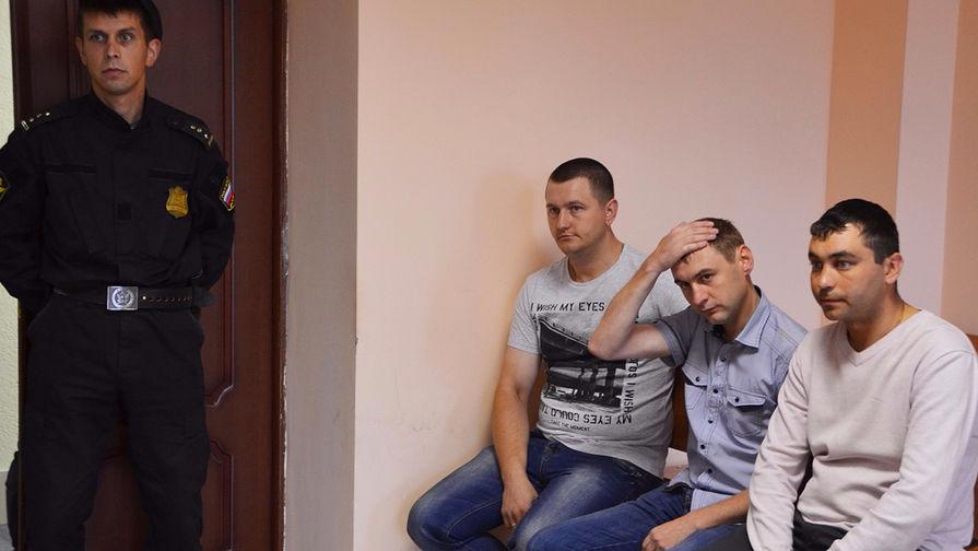 Сели все: гаишников покарали за прокурора