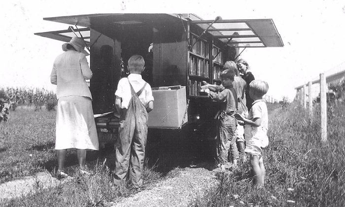 1933 библиотека, библиотека на колесах, ретро фото