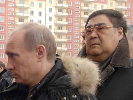 Заслужил: Уволенному Тулееву оставили резиденцию, зарплату и помощника