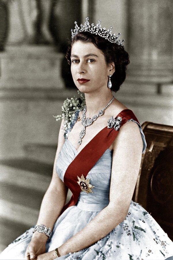Платье для коронации Елизаветы II