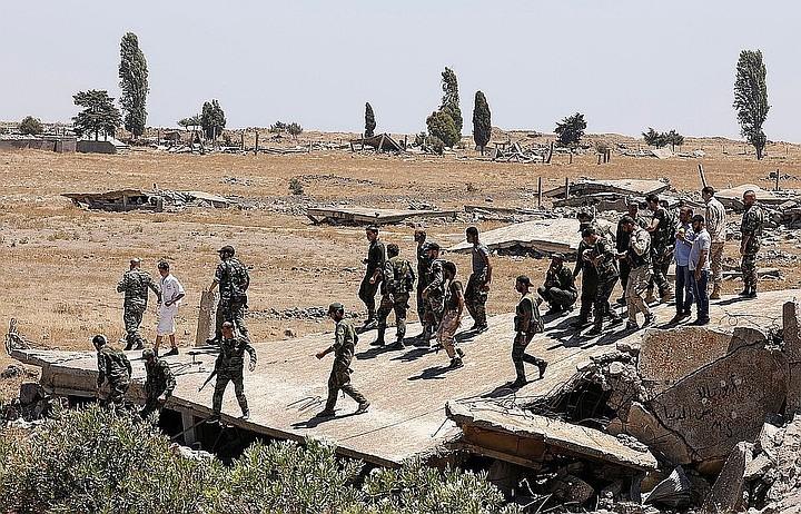 Боевики при поддержке Турции прорвали оборону сирийской армии на одном из участков в Идлибе