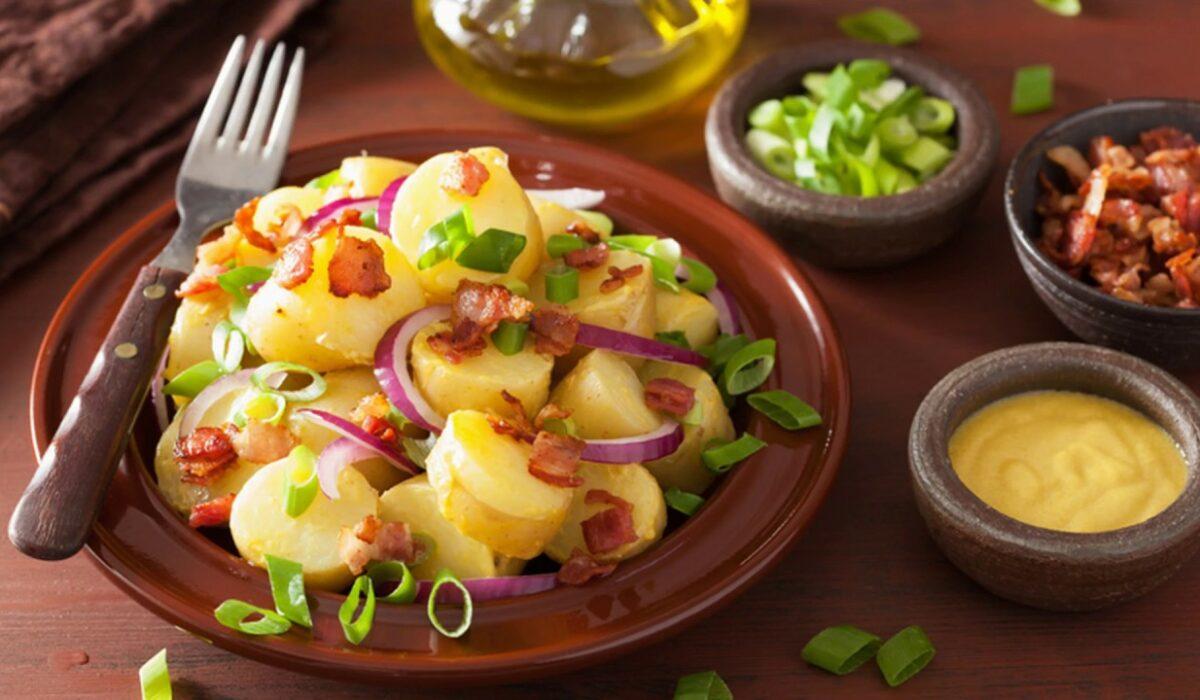 Рецепт картофеля с луком в горчичном соусе - пальчики оближешь