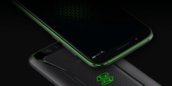 Xiaomi представила игровой смартфон с жидкостным охлаждением